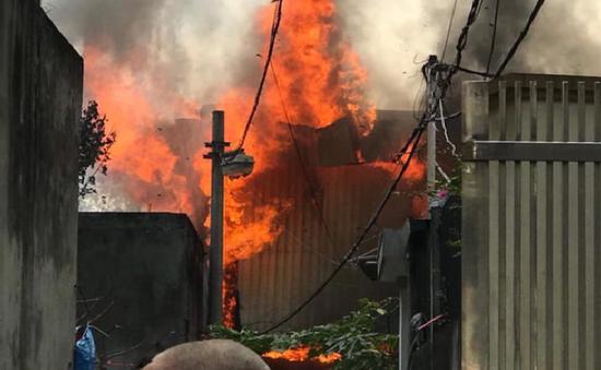 Liên tiếp xảy ra cháy tại Hà Nội và TP.HCM
