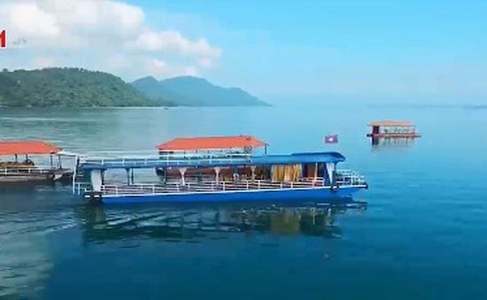 """Thalae Moung Lao - """"Biển"""" nước ngọt của đất nước hoa Champa"""