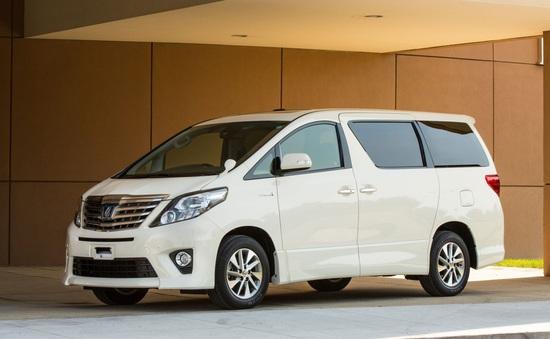 Toyota Việt Nam triệu hồi 24 xe Alphard
