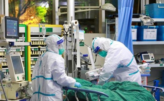 Nữ bác sĩ trẻ ở Trung Quốc tử vong vì COVID-19