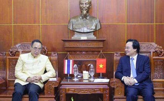 Hỗ trợ đẩy mạnh việc giảng dạy tiếng Việt tại Thái Lan