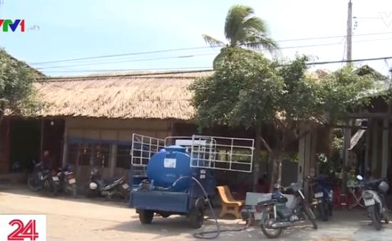Hạn mặn, người dân miền Tây mua nước giá 300.000 đồng/m3