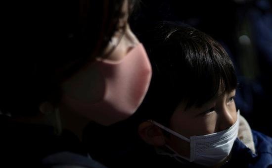 Nhóm người nào dễ bị tổn thương do dịch COVID-19 nhất?