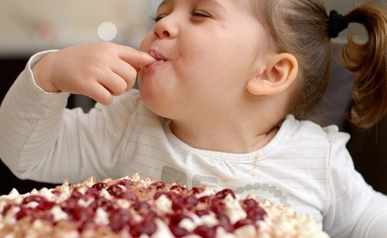Phương pháp giúp cha mẹ ngăn ngừa tình trạng béo phì ở trẻ