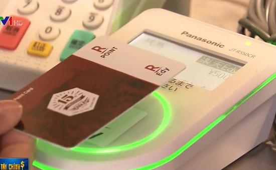 Người tiêu dùng Nhật Bản ưa chuộng phương thức thanh toán phi tiền mặt