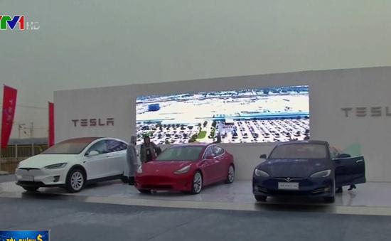 Tesla và cú tăng 200% giá trị cổ phiếu trong hơn nửa năm