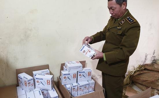 Lạng Sơn: Phát hiện 144 máy đánh trứng giả mạo nhãn hiệu Philips