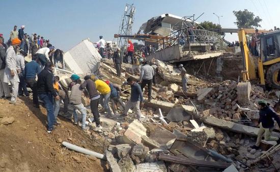 Sập tòa nhà tại Ấn Độ, nhiều người bị chôn vùi
