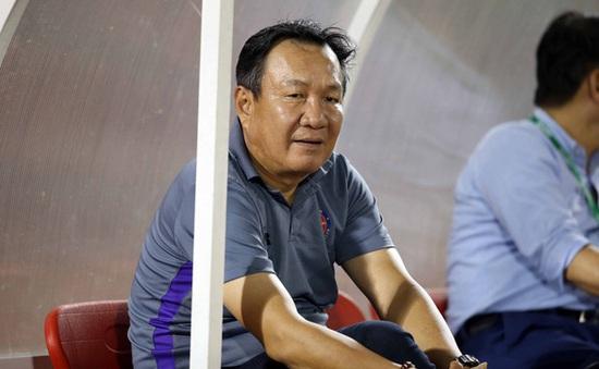HLV Hoàng Văn Phúc chia tay CLB Sài Gòn