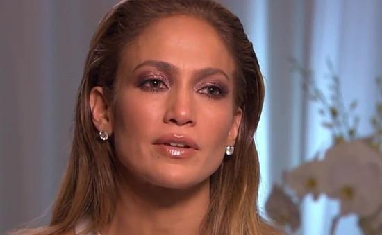 Được chọn thể hiện vai Selena Quintanilla, Jennifer Lopez gọi đó là may mắn