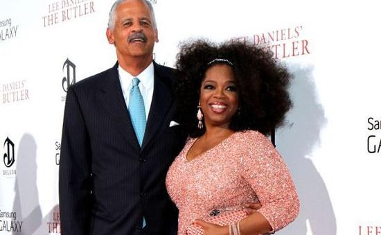 Sợ lây nhiễm virus corona, bà trùm truyền thông Oprah Winfrey không cho bạn trai ngủ cùng, bắt chuyển nhà