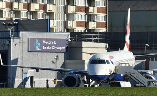 Dịch COVID-19: London (Anh) đóng cửa sân bay đến hết tháng 4/2020