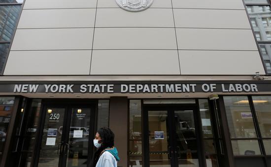 Số người xin trợ cấp thất nghiệp tại Mỹ tăng vọt do tác động của COVID-19