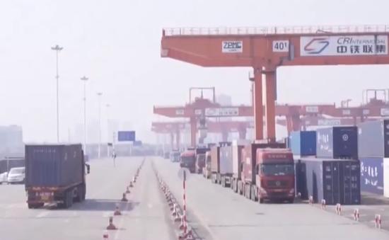 Chuỗi cung ứng toàn cầu tiếp tục gián đoạn do COVID-19
