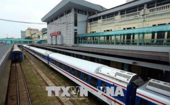 Tạm dừng và tổ chức lại tàu chạy tuyến Hà Nội -  Hải Phòng