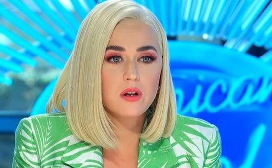 American Idol 2020: May mắn gặp Ryan Seacrest ngoài cửa, thí sinh trẻ khiến Katy Perry rơi lệ