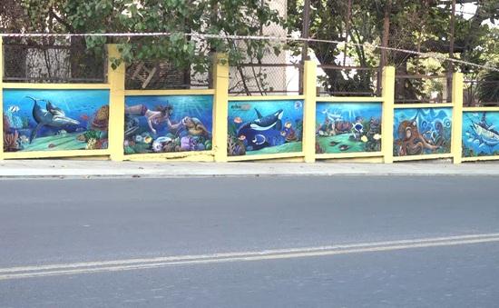 Thông điệp từ những bức tranh sinh vật biển