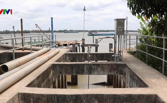 Tiền Giang: Bổ sung nước ngọt cho nhà máy xử lý nước