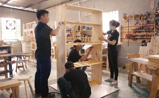 Xưởng mộc tự chế tác dành cho người không chuyên