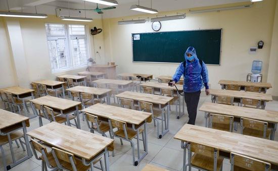 Hà Nội cho học sinh mầm non đến THCS nghỉ hết ngày 15/3, THPT đi học trở lại từ 9/3
