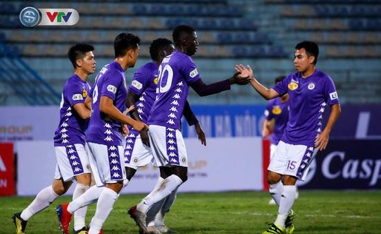 ẢNH: CLB Hà Nội giành 3 điểm trong trận cầu không khán giả