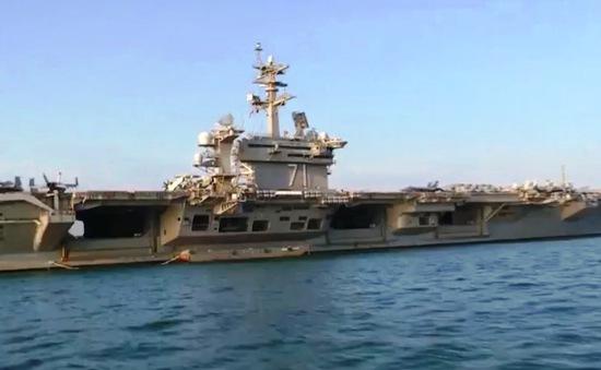 Thăm hữu nghị tàu sân bay Hoa Kỳ tại Đà Nẵng