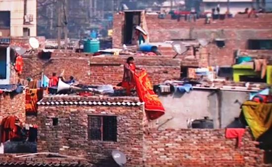 Nỗi lo cơm áo của người dân khu ổ chuột Ấn Độ dưới lệnh phong tỏa
