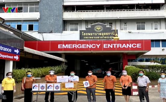 Thủ tướng kêu gọi cộng đồng người Việt ở nước ngoài chung sức chống dịch COVID-19