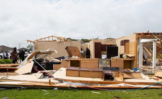 Bão và lốc xoáy gây thiệt hại lớn tại miền Nam nước Mỹ