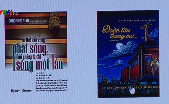 """""""Mang"""" kệ sách lên Internet: Cơ hội ngàn vàng để thay đổi ngành xuất bản"""