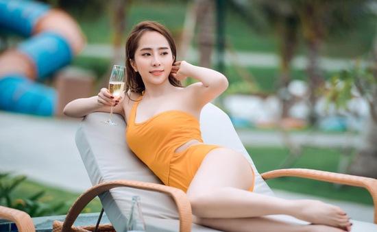 Diễn viên Quỳnh Nga chia sẻ bí quyết gợi cảm và thanh lịch