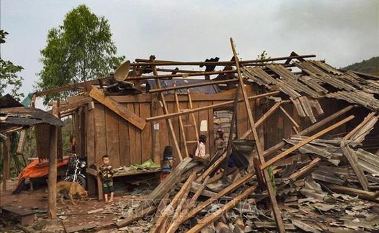 5 người chết, gần 13.000 nhà bị tốc mái hư hỏng do mưa, dông, lốc sét