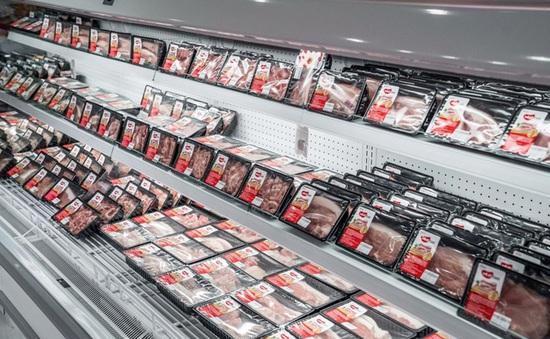 Nhiều siêu thị giảm giá thịt lợn