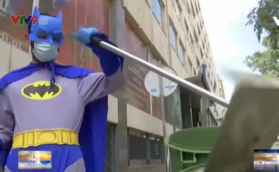 Bồ Đào Nha: Mặc đồ siêu anh hùng phục vụ cộng đồng