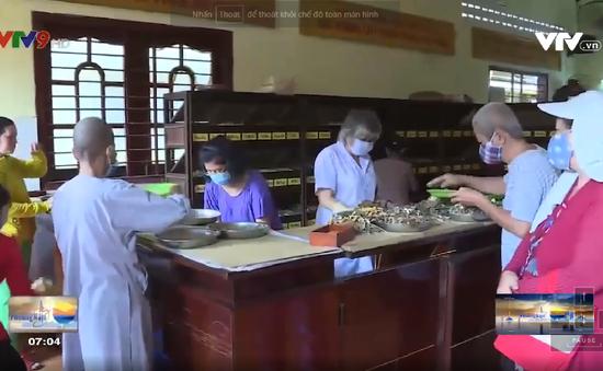 Ngôi chùa 70 năm chữa bệnh, phát thuốc miễn phí