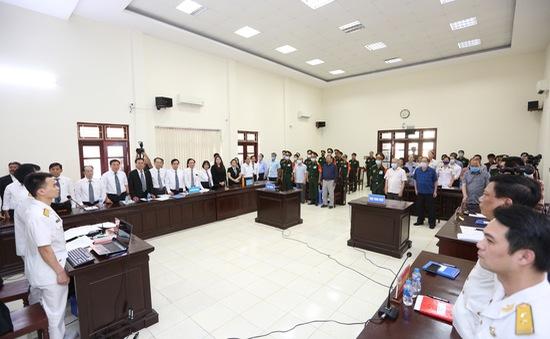 """Cựu Thứ trưởng Nguyễn Văn Hiến lĩnh 4 năm tù, Út """"trọc"""" 20 năm tù"""