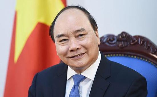 Thủ tướng phân tích thành công chống COVID-19 của Việt Nam với báo chí nước ngoài