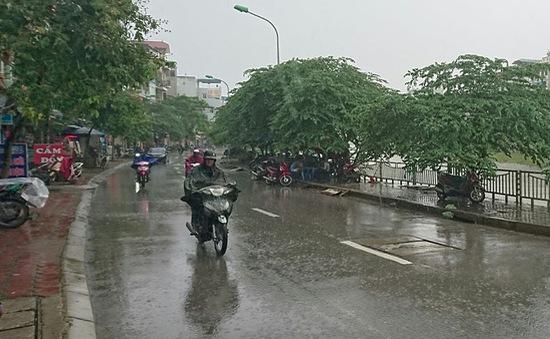 Chiều nay, Hà Nội sẽ có mưa dông giải nhiệt?