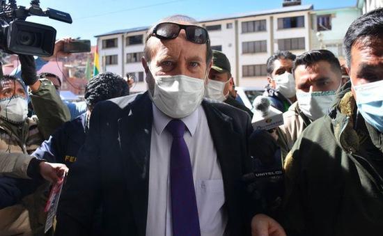 """Dính bê bối """"đội giá"""" máy thở, cựu Bộ trưởng Y tế Bolivia bị tạm giam"""