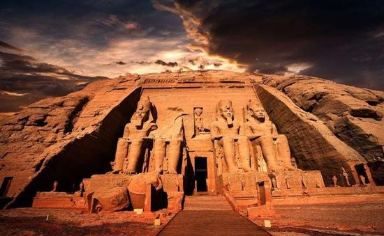 Những sự thật bất ngờ về Kim tự tháp lớn nhất thế giới