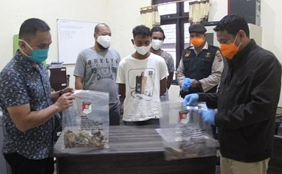 Indonesia phá âm mưu đánh bom thánh đường Hồi giáo