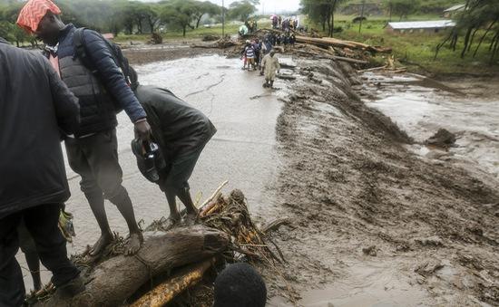 Lũ lụt nghiêm trọng tại miền Đông châu Phi, hàng trăm người thiệt mạng