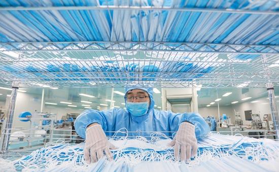 Mỹ rút giấy phép xuất khẩu khẩu trang của hơn 60 công ty Trung Quốc