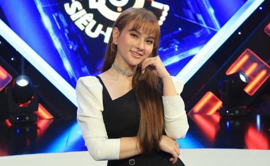 MC Ngô Kiến Huy bắt chước Vũ Hà làm con nít khi chơi gameshow