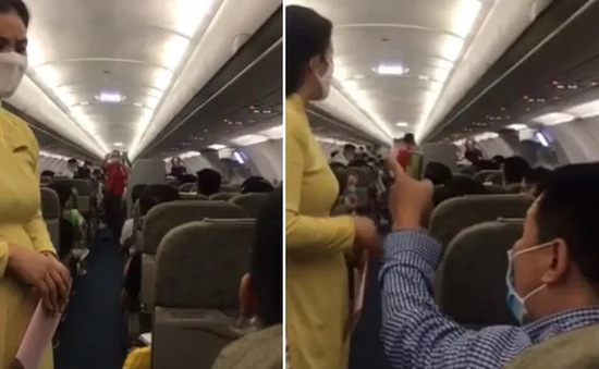 Cấm bay 1 năm với hành khách lăng mạ tiếp viên trong chuyến bay HN-TP.HCM
