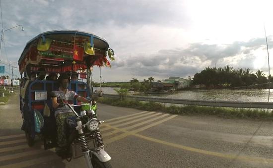 Chuyến xe ba gác nghĩa tình miền biên giới
