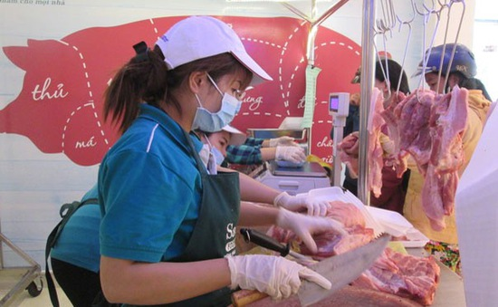 Nhập khẩu lợn sống: Giải pháp hiệu quả giảm nhiệt giá thịt lợn?