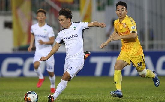 ẢNH: Hoàng Anh Gia Lai thắng tối thiểu DNH Nam Định (Vòng 4 V.League 2020)