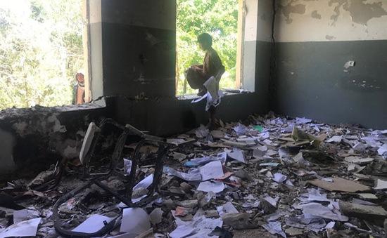 Nổ trường học ở Afghanistan gây thương vong lớn