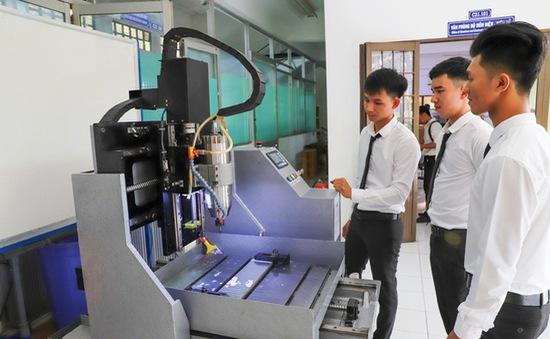 Đại học Trà Vinh mở rộng đào tạo gắn kết cộng đồng doanh nghiệp